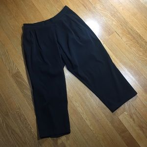 🎉LAST CALL🎉Topshop lightweight capris pants